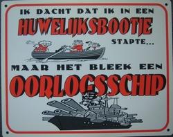 Huwelijksbootje bleek oorlogsschip 25 x 20 cm