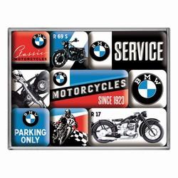 BMW set van 9 magneetjes 23 x 16 x 7 cm