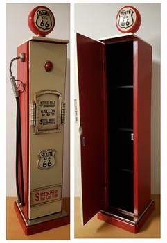 Route 66 benzinepomp kast rood wit L van hout  102x23x23cm