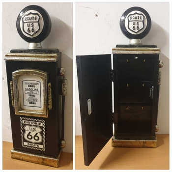Benzinepomp zwarte route 66 sleutelkast van hout