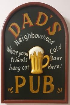 Dads neigbourhood pub houten pubbord wandbord