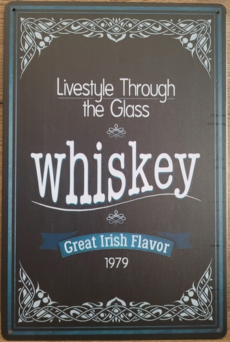 Whiskey Zwart lifestyle to the glass irish flavor reclame