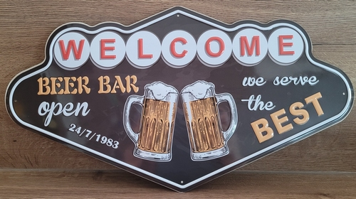 Welcome beer bar open wandbord