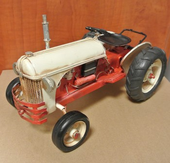 Tractor rood wit metalen model
