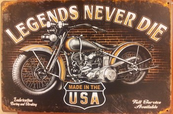 Legends never die motor usa metaal