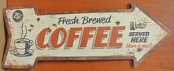 Fresh brewed coffee pijl metaal